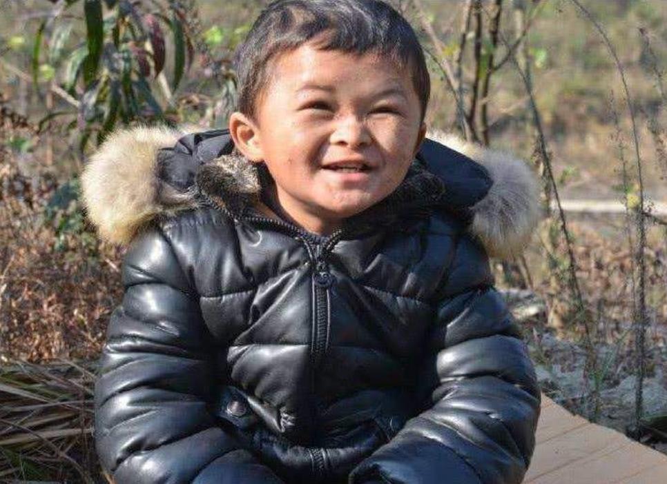 """網紅""""小馬云"""",四年時間演了一出喜劇,為人父母者,看著看著就哭出了聲"""