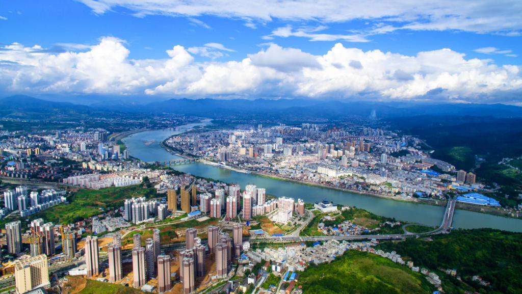 「安康市委综合科」郭青:新社区工厂开辟安康可持续脱贫新天地