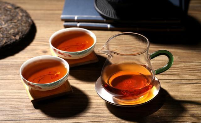 為什么人們越來越愛喝紅茶了,因為經常喝紅茶有7大好處