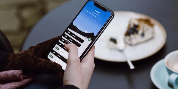 「漂移是啥意思」手机屏幕玩飘逸?全新AI功能上线,精准识别懒人福音