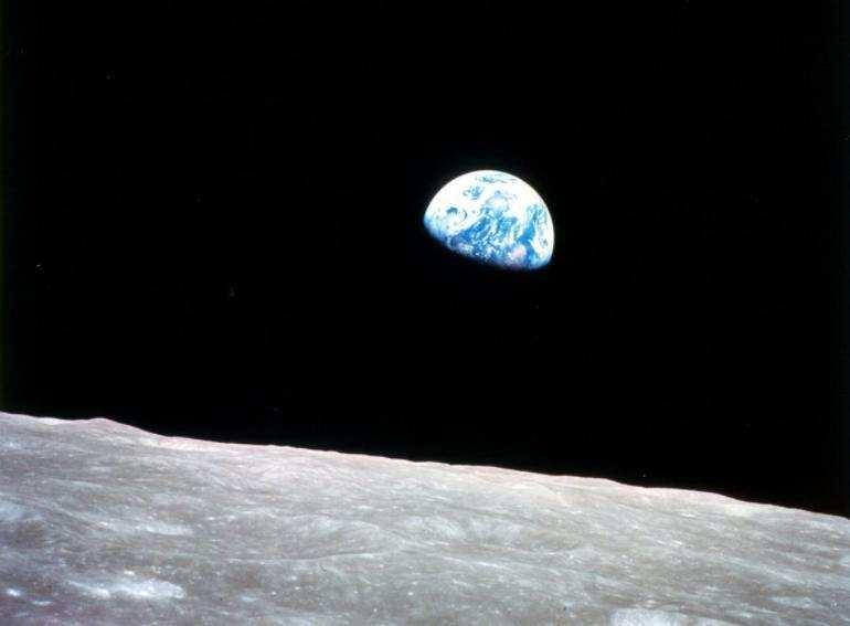 月球上真的有水