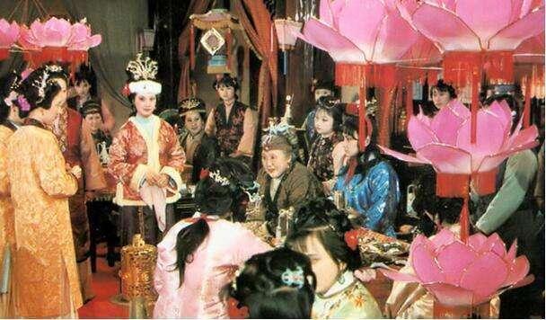 87《红楼梦》她跑到导演家里,毛遂自荐,见到她,王扶林直叹气