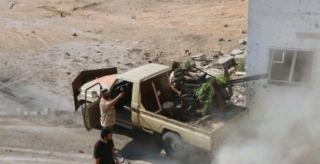 卡扎菲死后就冲突不断,利比亚各方互不相容,联合国也管不了
