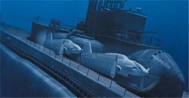 """""""航母""""也能水下跑!日本二战时期黑科技,装备轰炸机的潜水航母"""