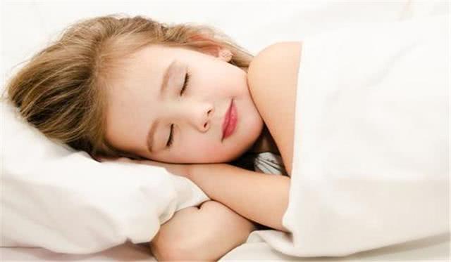 """<b>孩子""""爱睡懒觉""""真的是因为懒吗?别总抱怨孩子,先自我反省</b>"""