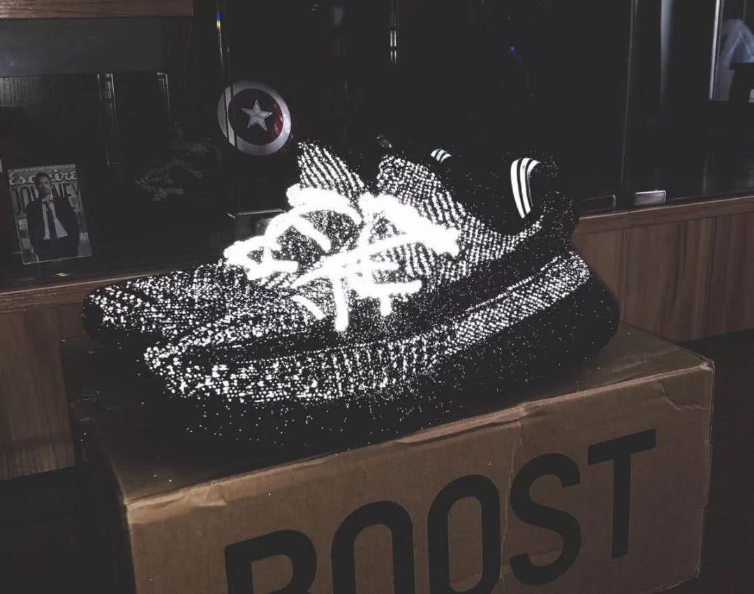 Adidas 三款高颜值球鞋登场!搭载全掌 Boost 缓震