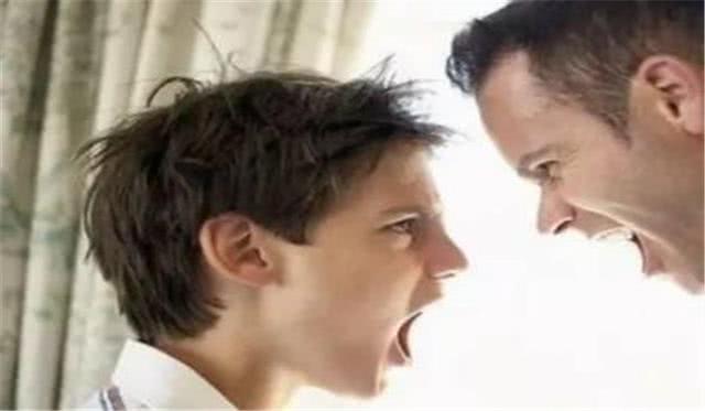"""孩子发脾气的背后,是在表达自己的""""攻击性"""",父母引导很重要"""