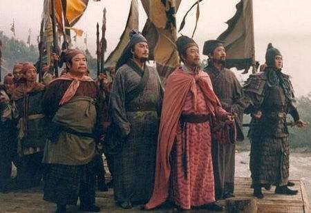 水浒英雄对战之赤发鬼刘唐单挑插翅虎雷横,到底谁输谁赢?