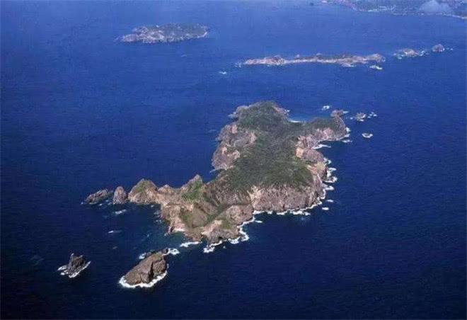 <b>只因一小岛消失,日本领海减少0.03平方千米,我国也需提高警惕了!</b>