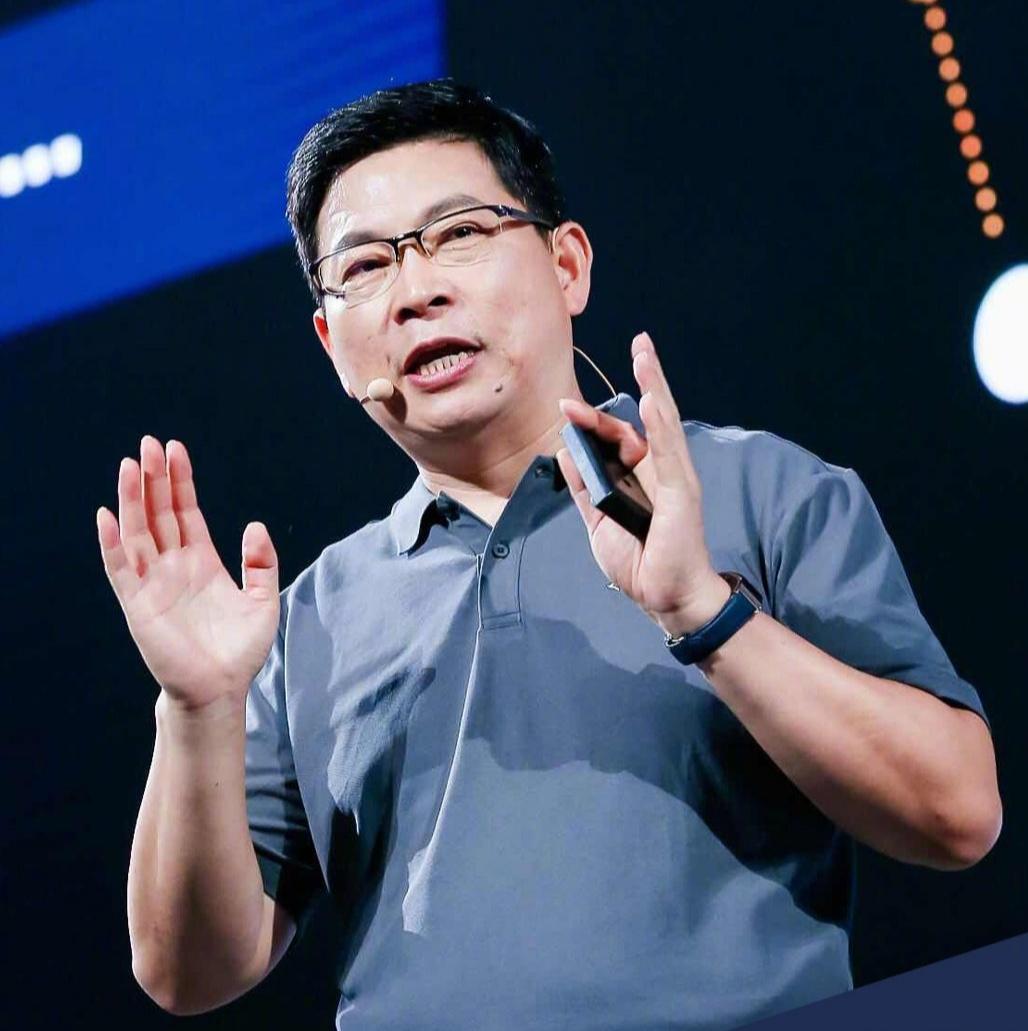 余承东9点正式官宣,华为首款5G手机,今天开卖了!
