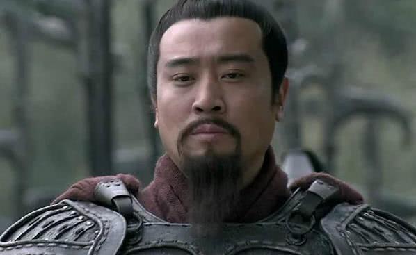 襄阳在曹操手中,刘备为何还要封关羽为襄阳太守?原因耐人寻味