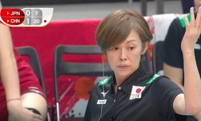 中国女排姑娘们受到日本网友一致的好评!可怜的是中田久美