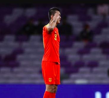 国足亚洲杯英雄:打封闭也要为中国进球!他值得里皮再给一次机会