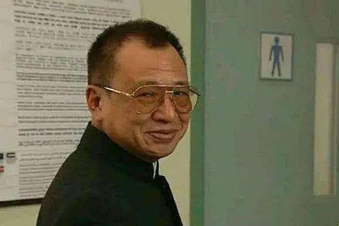 55岁TVB老戏骨,出道时和梅艳芳多次合作,今凭新剧再受关注