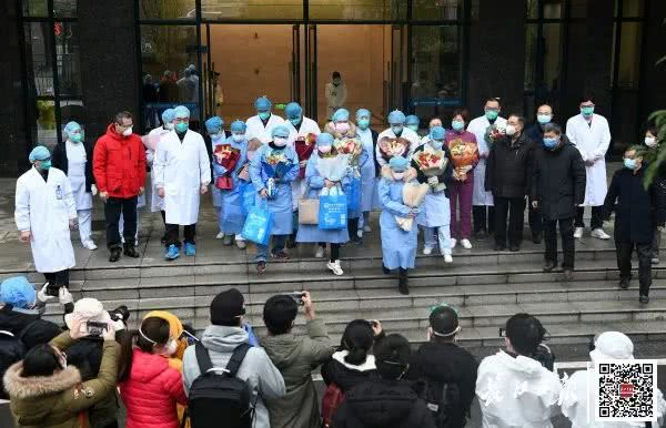 出院2502人!他们从武汉这些医院康复