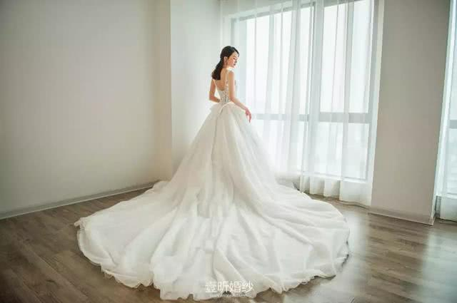婚纱是买还是租?看了这份数据更纠结了……