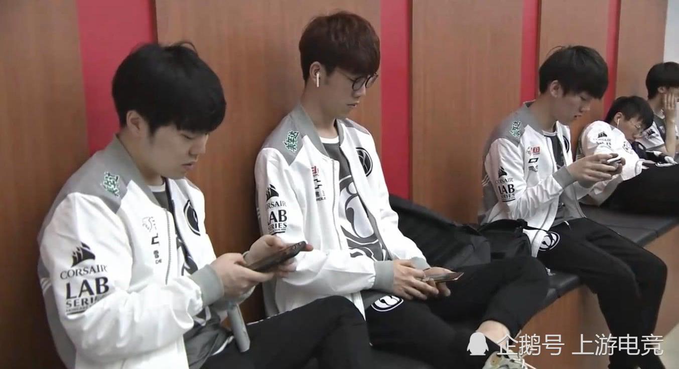 """""""认清爹了吗?""""IG连胜被WE终结,教练回应轮换引争议"""