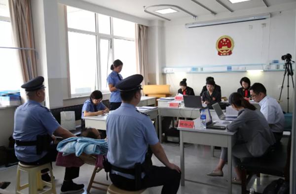身患重病正接受治疗,落马厅官刘子安在医院受审