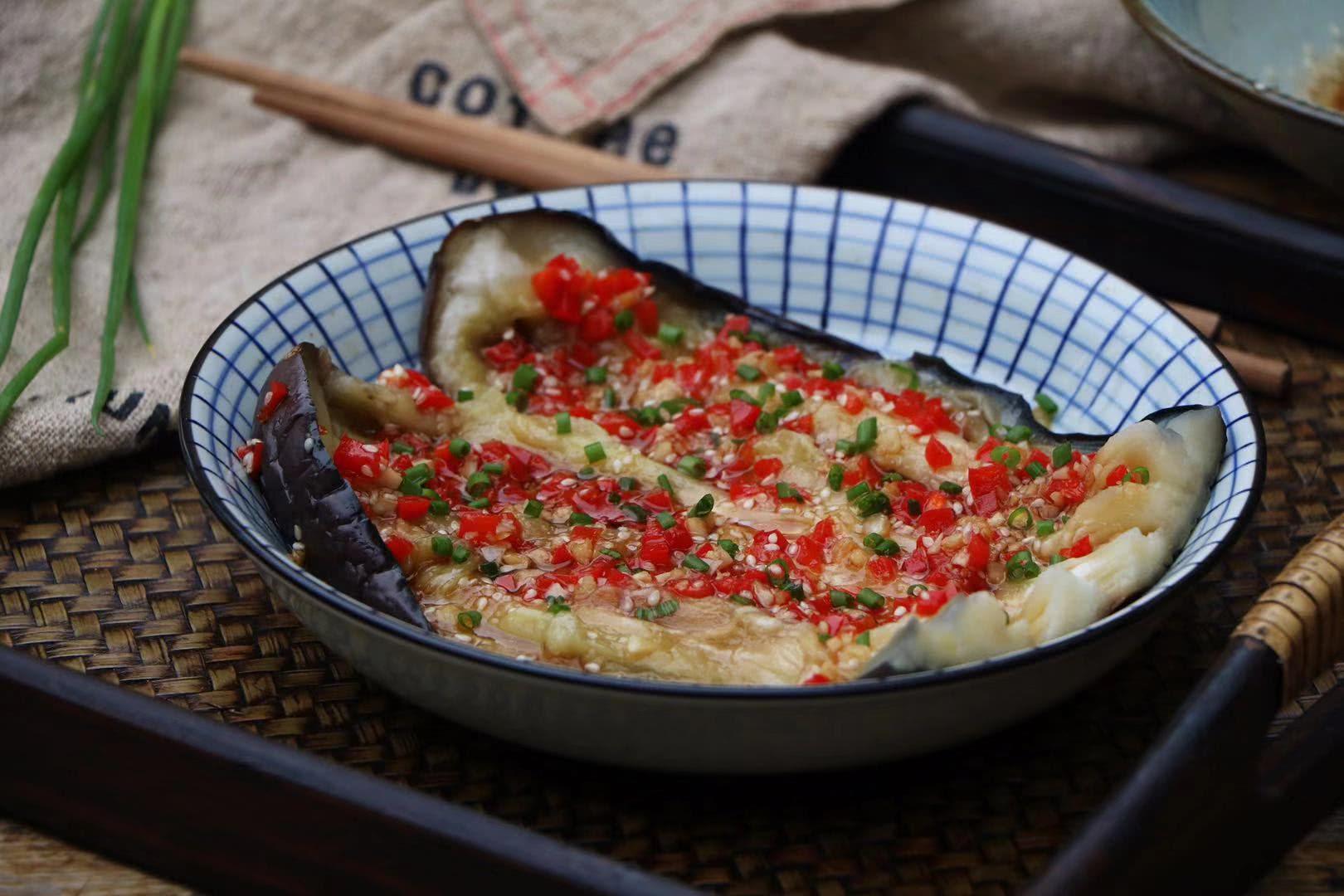 茄子别再红烧了,学会新吃法,一顿5斤不够吃,比油炸的更好吃!