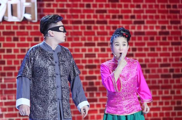 《笑傲江湖》刘亮自爆离婚,夫妻曾同登春晚,一番话看郭德纲情商
