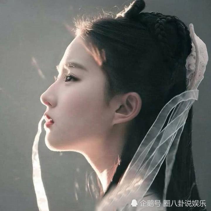 """刘亦菲""""神仙姐姐之位""""有人接棒了,她的白裙照一出,网友被惊艳"""