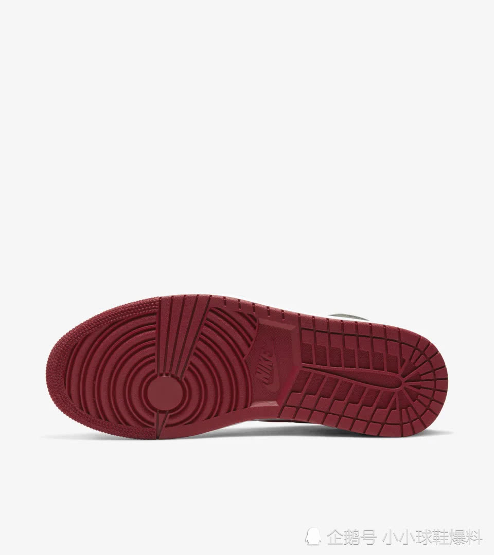 """Air Jordan 1 """"新黑红"""" 开箱"""