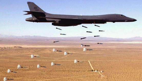 美军王牌轰炸机成摆设?在役62架,真能打的才6架