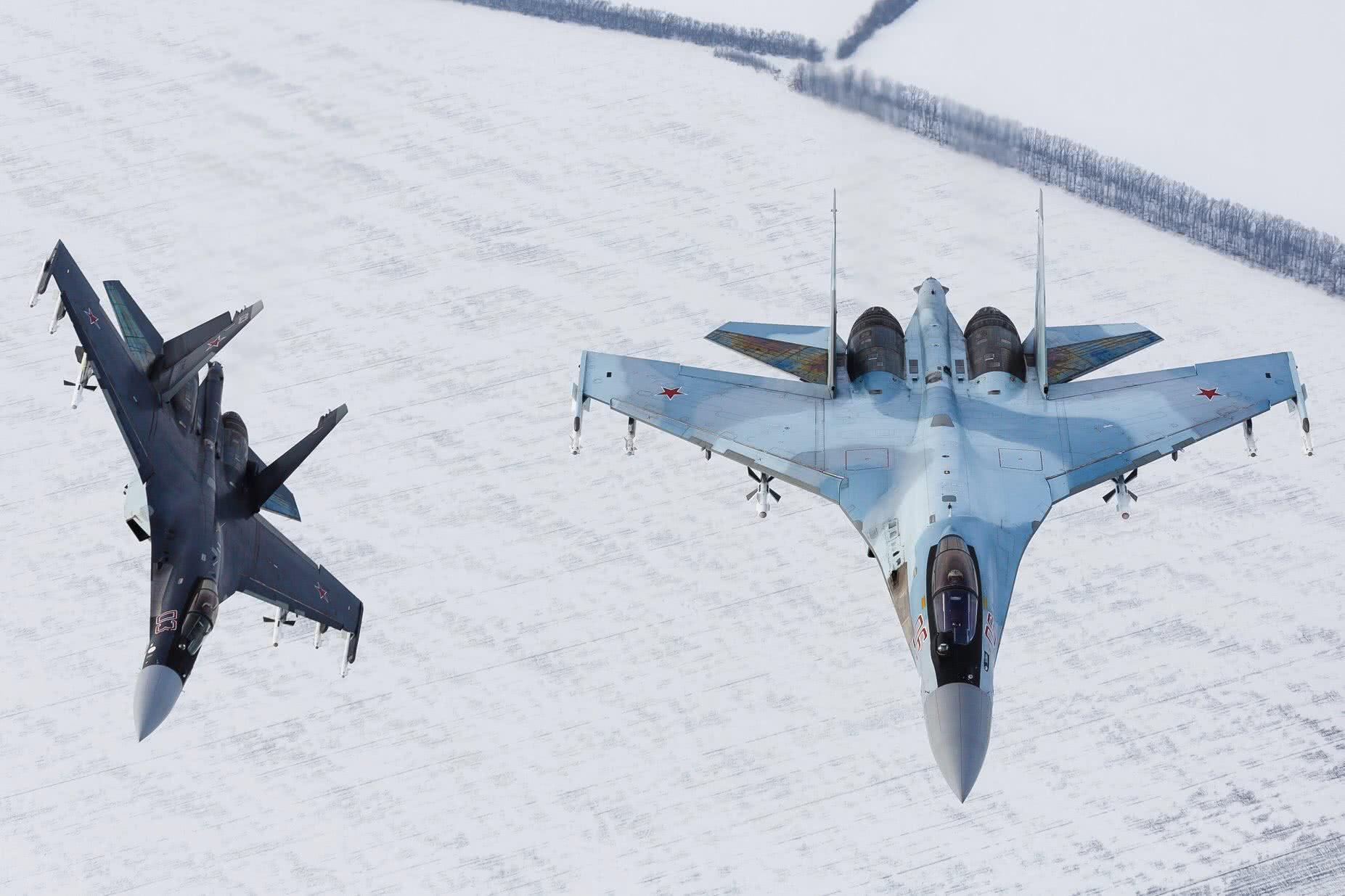全球空军排名曝光,美军牢牢占据第一,第二名果然家底雄厚