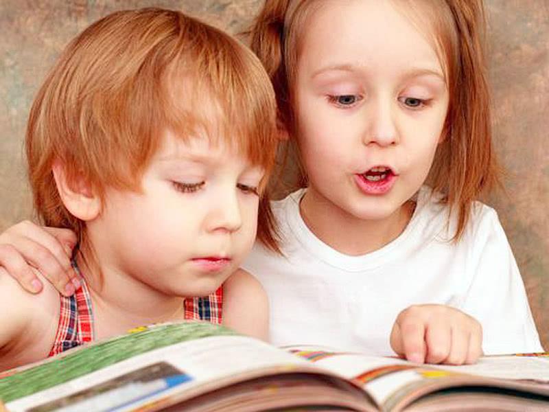 孩子的情商如何教育父母要教育孩子调整不良情绪,培养自控能力