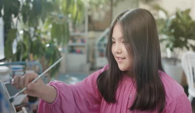 王诗龄最新绘画作品获称赞:不愧是李湘的女儿,绘画天赋不一般