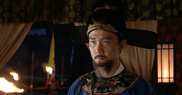 大明王朝:胡宗宪首次跟海瑞碰面,为何书桌上特意放了本全唐诗?