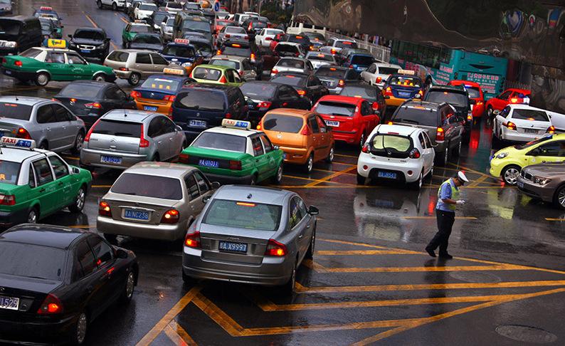 汽车的安全配置有多重要!ESP和ABS都不懂别等出事才明白