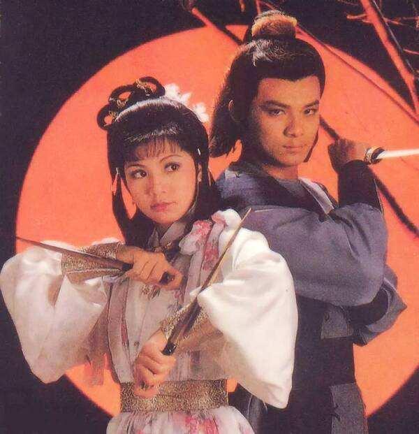 黄蓉喜欢郭靖,终成正果,穆念慈爱杨康,悲剧人生,爱有错吗?
