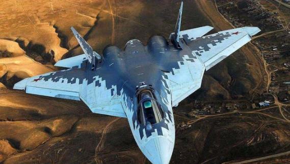 推力强劲!苏-57验证机再次试飞,装备了强大动力心脏!