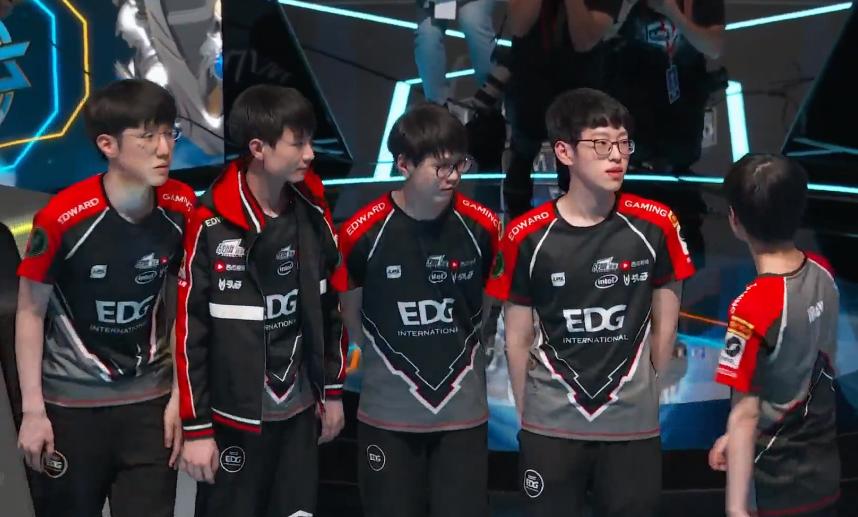 """被EDG打出节目效果的日本队,重返世界赛,""""量天尺""""带了吗?"""