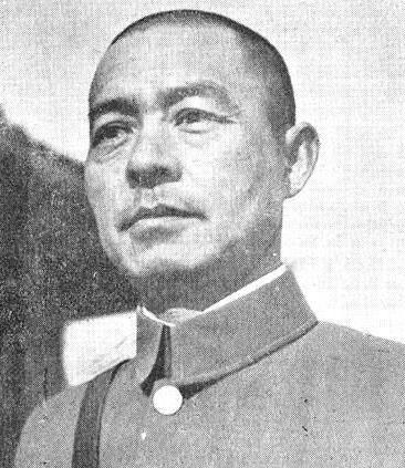 他被日军称为绝代勇将,殉国后10万百姓哭送,日军给他立碑