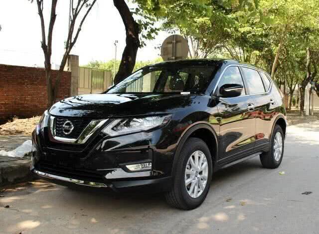 日产奇骏,家用SUV最好的选择,搭载2.0L满足国6排放标准