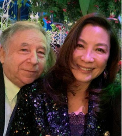 同为武打巨星,杨紫琼嫁豪车公司总裁,59岁惠英红却称嫁不出去