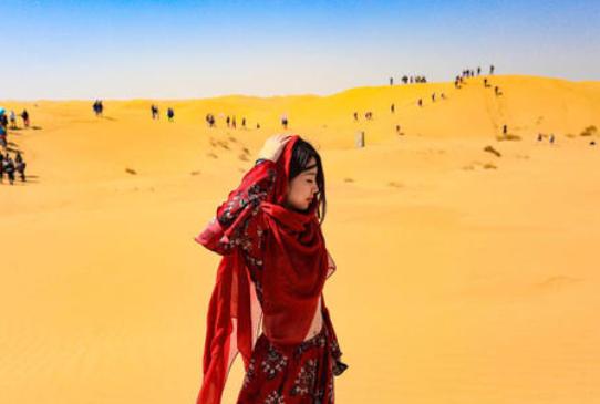 中国将黄河水引入内蒙古的沙漠,被外国人嘲笑,结果发生了奇迹
