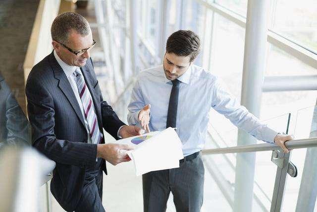 基层员工只认老板的指令,中层领导很难布置工作,该怎么办