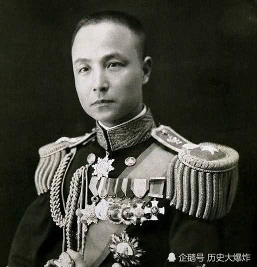 他是海军将才,曾三次辞职被老蒋三次挽留,后因不愿内战被撤职