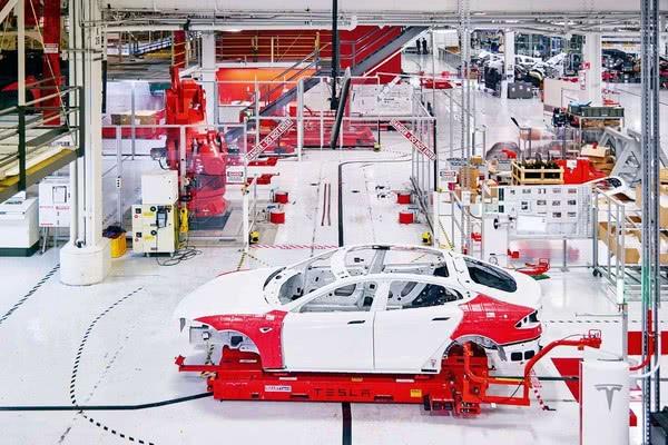 <b>上海工厂项目进展顺利 有希望提前开上国产Model 3</b>