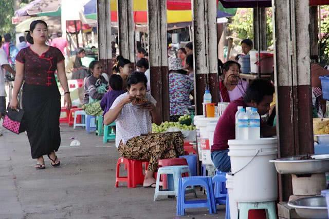 缅甸人评价各国游客:韩国人吝啬,日本人最有礼貌,中国人两个字