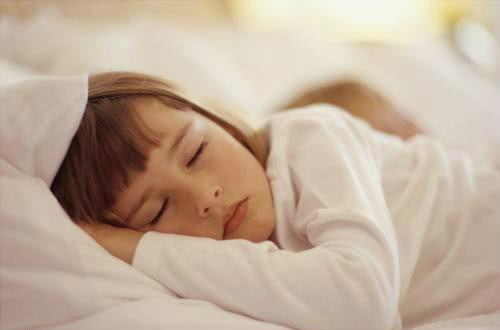 睡午觉和不睡午觉的孩子有什么差别?6岁以后你就知道了