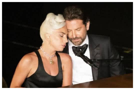 网传LadyGaga与库柏密游法国?真相曝光令人哭笑不得