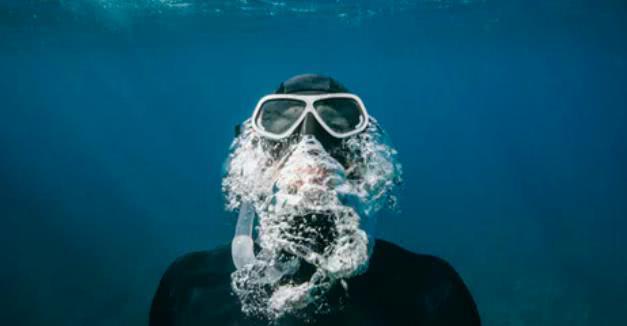 """潜水时被人氧气阀,一句""""开玩笑的""""能否解决"""