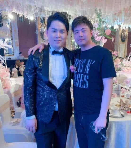 知名电竞选手yyf举办盛大婚礼 众多好友见证电竞圈最有牌面婚礼