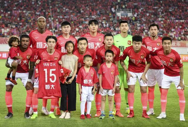 北京国安势头正猛,有机会反超广州恒大,成为本赛季中超联赛冠军