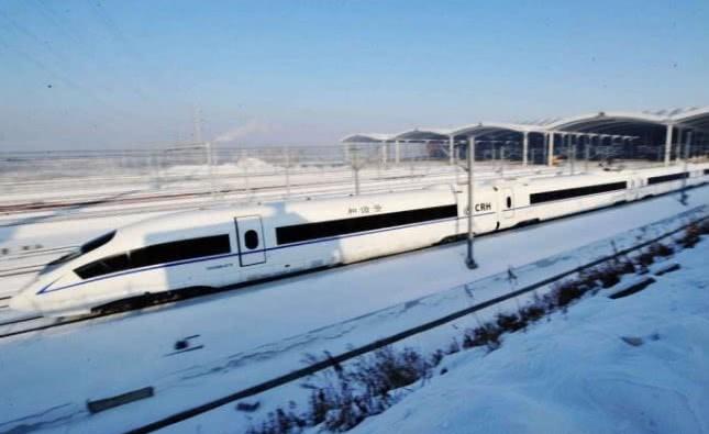 """哈大高铁,驰骋中的""""雪国列车"""",带你领略北国风光"""