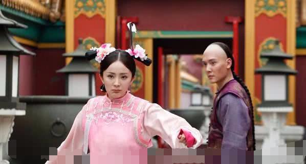 冯绍峰杨幂综艺合体,综艺路透中两人同框相处中还有一点小避嫌